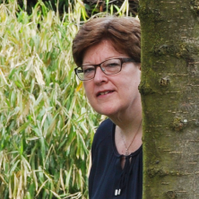 Caroline Scheltes is Aktief in welzijn